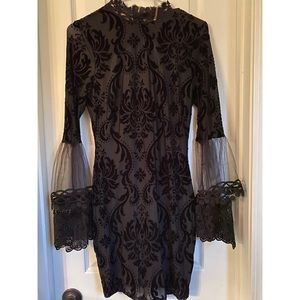 Black dress with lace sleeve